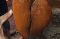 В Калининградской области обнаружили янтарь весом в 2,7 кг.
