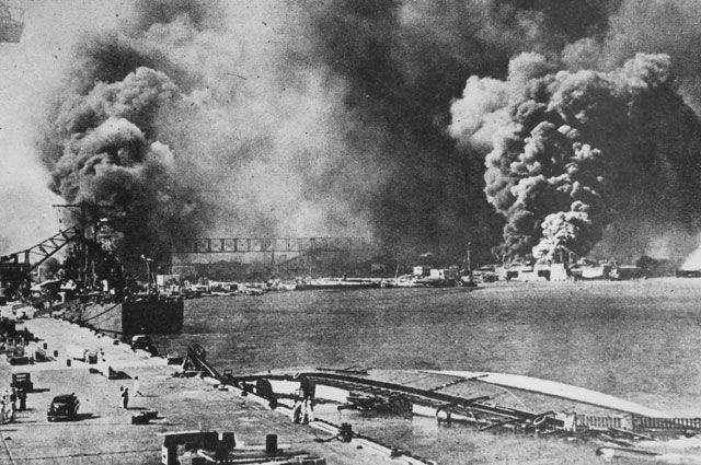 2 декабря 1941 года командующий Объединённым флотом адмирал Ямамото Исороку передал кодовую фразу: «Начинайте восхождение на гору Ниитака». Она означала приказ ударному соединению осуществить план нападения на Перл-Харбор.