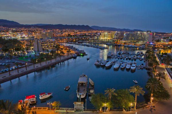 Эйлат — южный город Израиля, расположенный на великолепном берегу Эйлатского залива Красного моря.