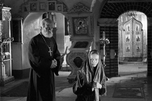 Актёры Людмила Чурсина и Георгий Жженов в сцене из фильма «Журавушка» Николая Москаленко, 1968 год.