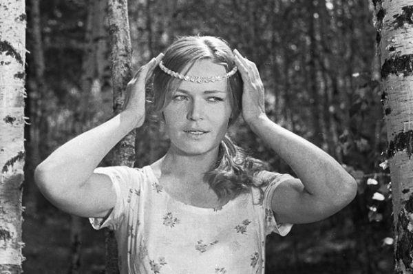 Людмила Чурсина в роли Дарьи в фильме «Донская повесть», 1968 год.