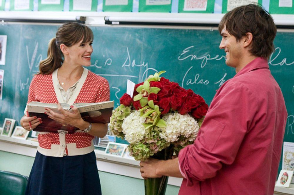 «День святого Валентина» (2010). Судьбы многих влюбленных и одиноких сердец в Лос-Анджелесе переплетаются в ожидании одного единственного дня — Дня всех влюбленных.