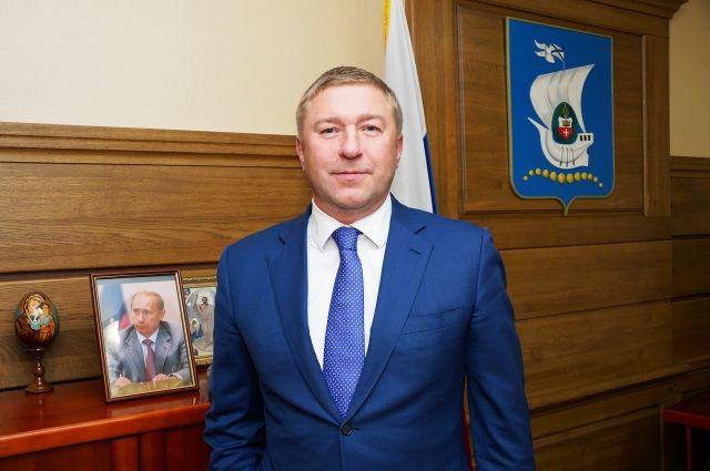 В автобусах Калининграда будут транслировать обращение Александра Ярошука.