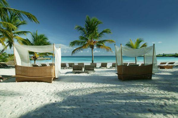 Так выглядит пляж клуба Caleton на приморском склоне Французского бульвара в Одессе