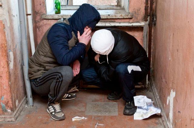 Лечить наркоманов принудительно нельзя.