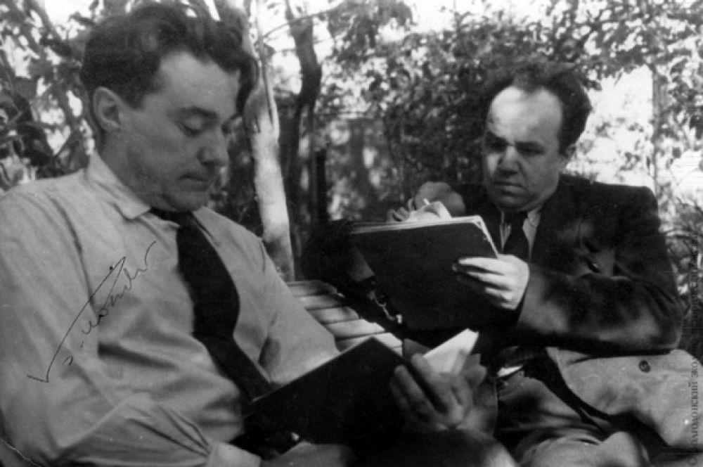 Борис Полевой и Николай Жуков на строителстве ЦГУ. Сентябрь 1951 г.
