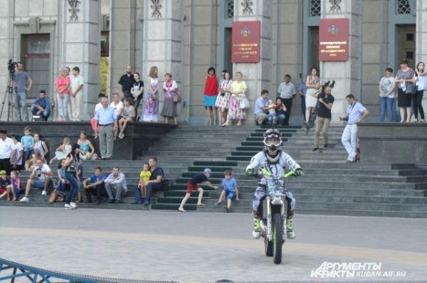 Михаил Ярыгин - многократный победитель Чемпионата Мира по мотофристайлу Night of the Jumps.