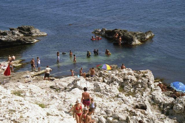 Фото пляжа и людей 2
