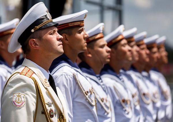ГРКР «Москва» с сентября 2015 года по январь 2016 года выполнял задачи боевой службы в восточной части Средиземного моря по противовоздушному прикрытию с морского направления авиабазы российских Воздушно-космических сил в Хмеймим (Сирия).