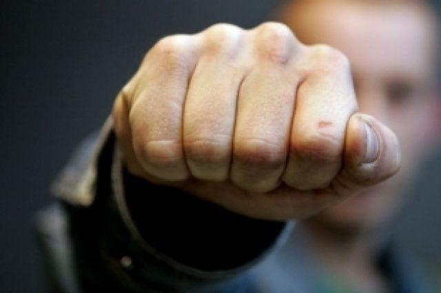 Отношения выясняли на кулаках