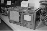 Один из первых советских телевизоров