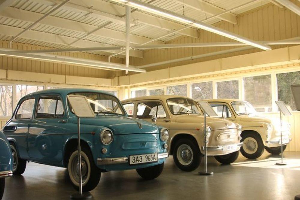 Запорожцы ЗАЗ-965 60-х годов выпуска