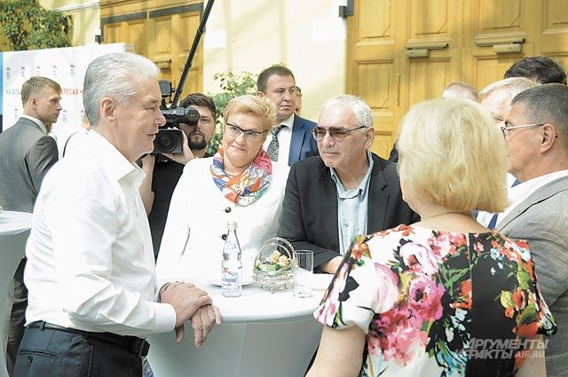 Сергей Собянин и Карен Шахназаров солидарны: не должно быть никаких сомнений в том, что и партия, и человек, которые пройдут в Госдуму, выиграют в честной борьбе.