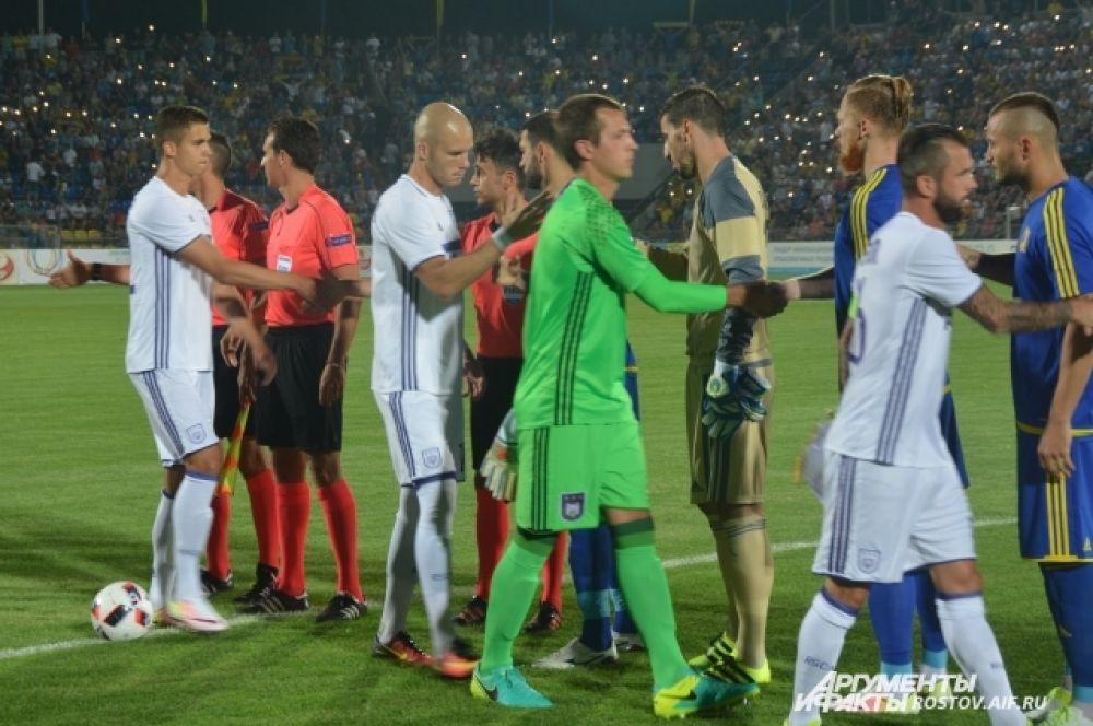Это был первый матч «Ростова» в Лиге чемпионов. Подопечные Курбана Бердыева получили право сыграть в самом престижном европейском клубном турнире после того, как заняли второе место в российской премьер-лиге по итогам сезона-2015/16.