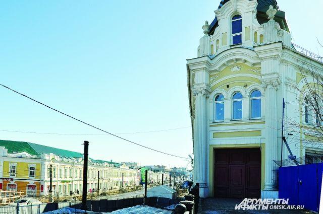 В прошлом году городские часы заработали на Любинском проспекте, сейчас они появятся и на улице Герцена.