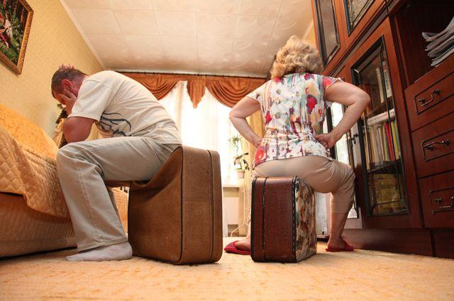 Одна из причин разводов - финансовая нестабильность.