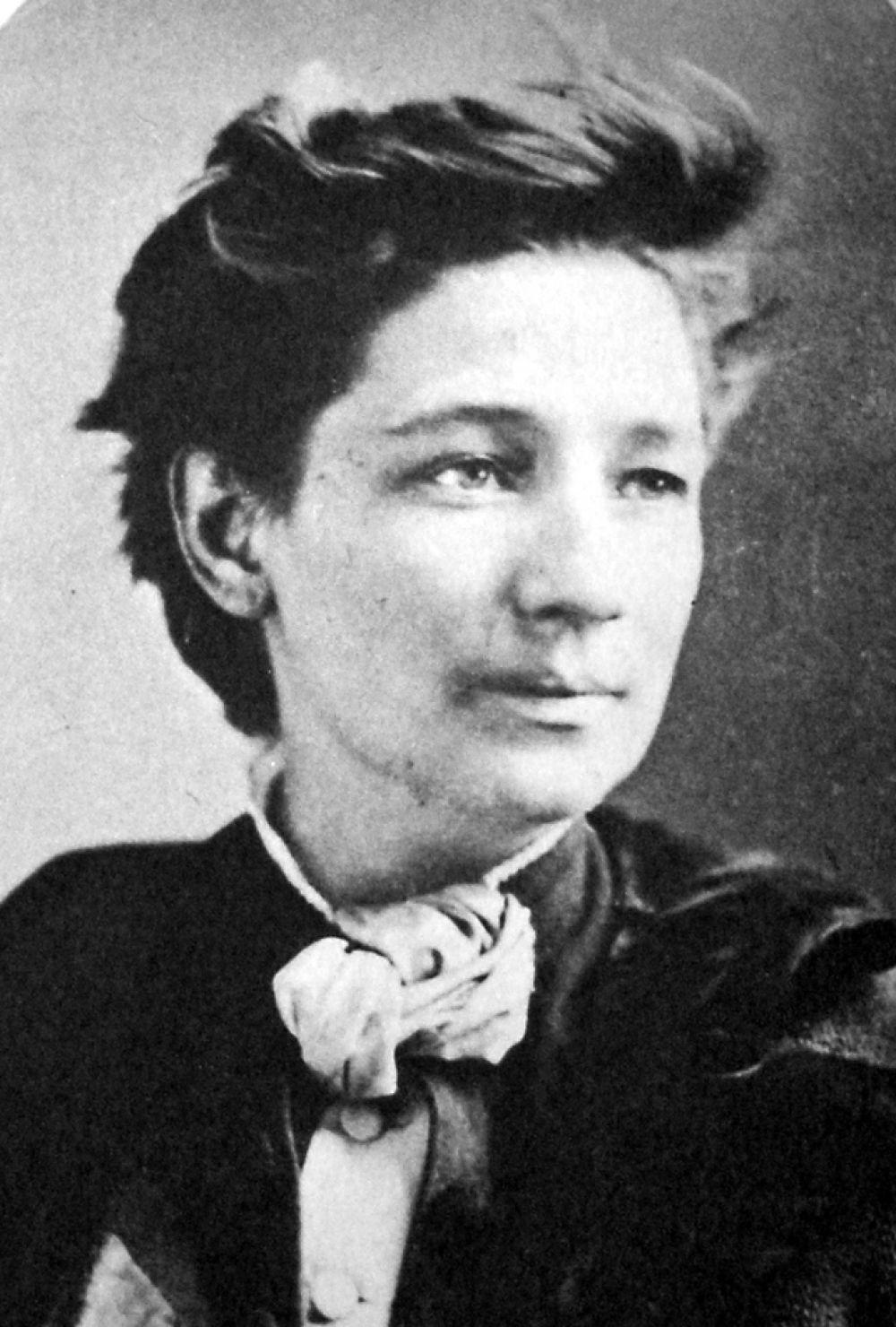 В 1872 году Виктория Вудхулл выступила в качестве кандидата в президенты Соединённых Штатов от Партии равных прав. Кандидатом в вице-президенты был борец за права темнокожего населения Фредерик Дуглас. Вудхулл не получила ни одного голоса, но навсегда осталась в истории как первая женщина – кандидат в президенты.