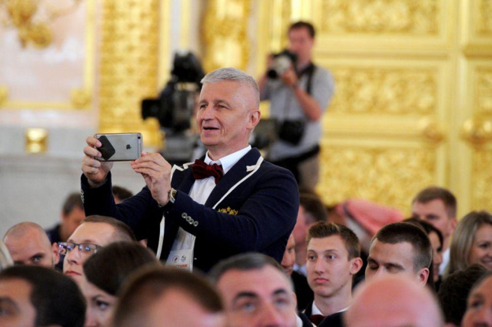 Количество атлетов, которые выступят в Рио под российским флагом, пока окончательно не известно.