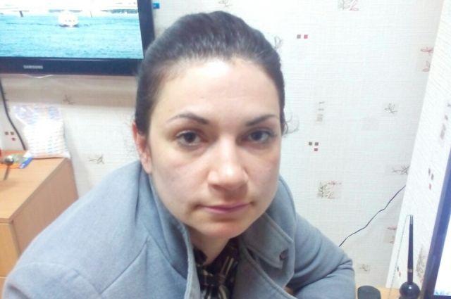 В Калининграде ищут пострадавших от разыгрывающей сцены мошенницы.