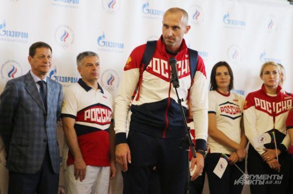 Игрок олимпийской мужской сборной России по волейболу Сергей Тетюхин.