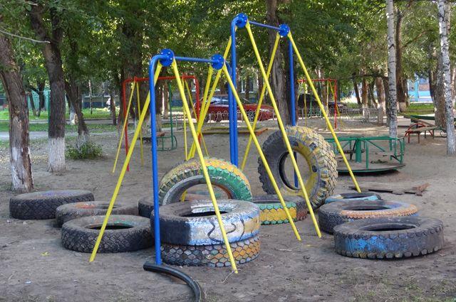 Игровые конструкции зачастую представляют опасность для детей.