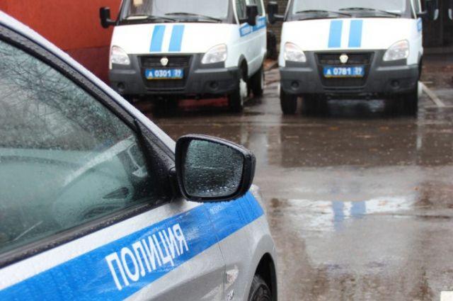 Очевидцы сообщили о заминировании здания на улице Колоскова в Калининграде.