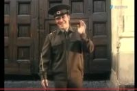 «Дима, помаши рукой маме!» - скандировали зрители вслед за хором голосов с экранов телевизоров.