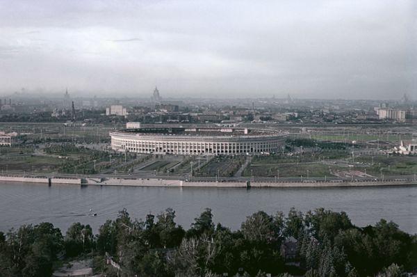 «Лужники» за день до открытия — 30 июля 1956 года.