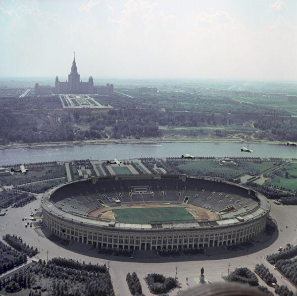 Стадион Лужники в Москве, 1968 год.