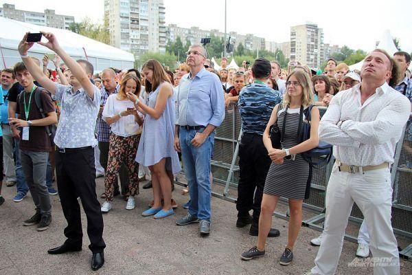 Глава города тоже посетил концерт известных музыкантов.