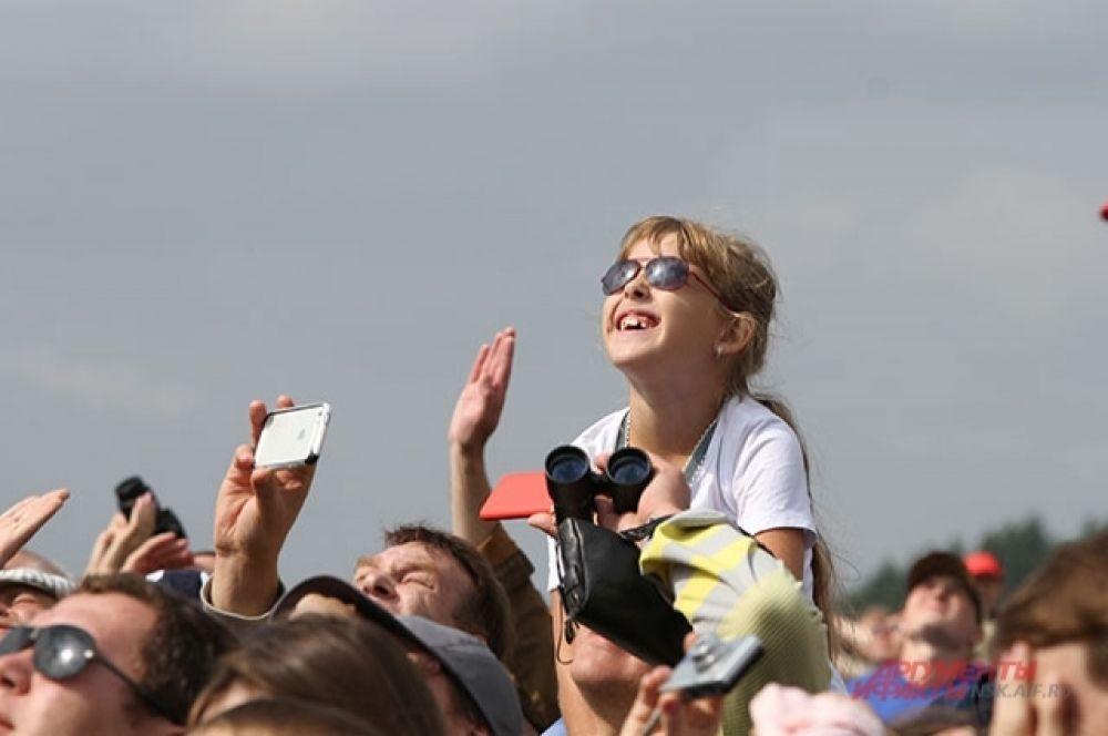 Авиашоу в Новосибирске проходят ежегодно, и каждый раз собирают тысячи зрителей.