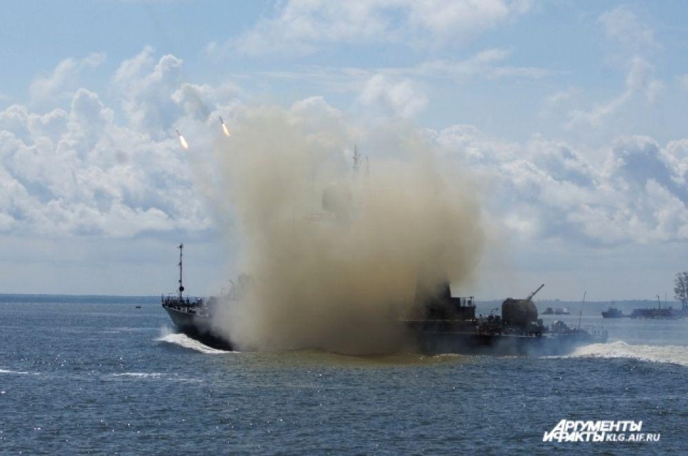 Малый ракетный корабль «Гейзер» сымитировал выполнение условного ракетного удара.