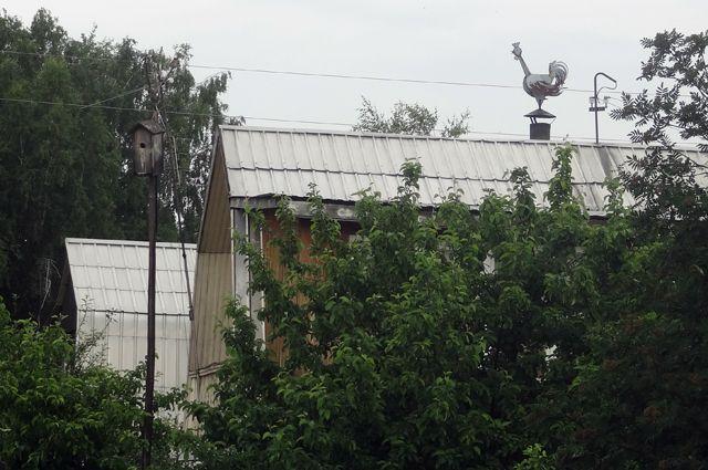 Воры любят поживиться на дачных участках.