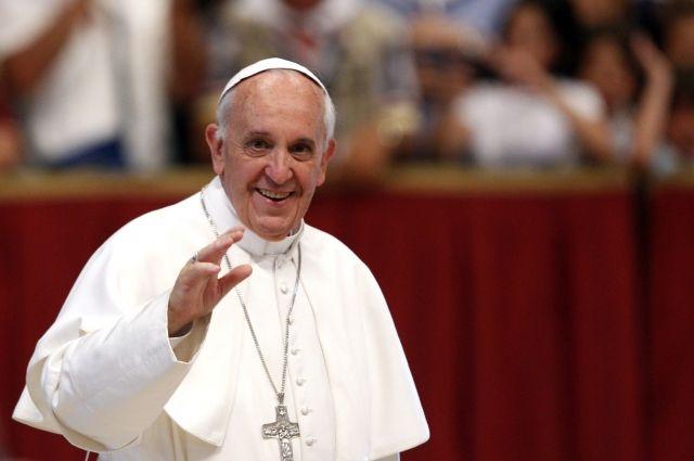Папа Римский создал комиссию для исследования возможности женщинам становиться диаконами