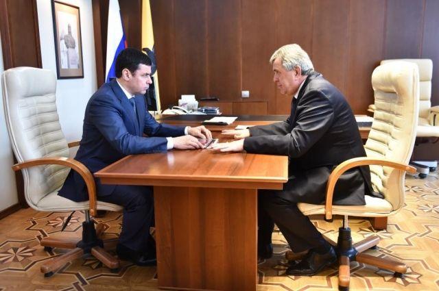 Дмитрий Миронов встретился с Сергеем Ястребовым в губернаторском кабинете на следующий день после назначения.
