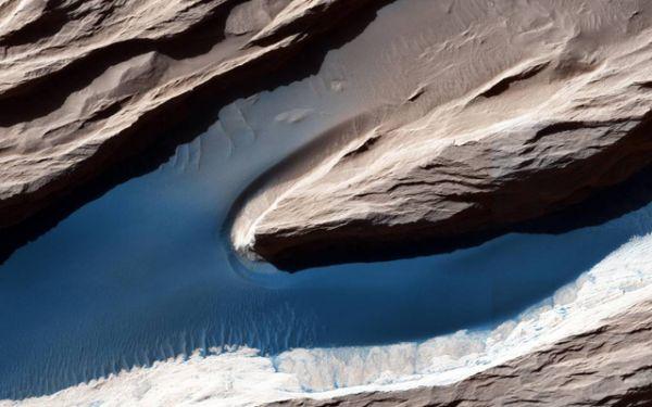 Ветер — одна из наиболее активных сил, формирующих поверхность Марса в сегодняшнем климате.