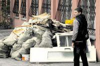 Главный вопрос - вывозить мусор на свалку, сжигать или внедрять раздельный сбор и перерабатывать?