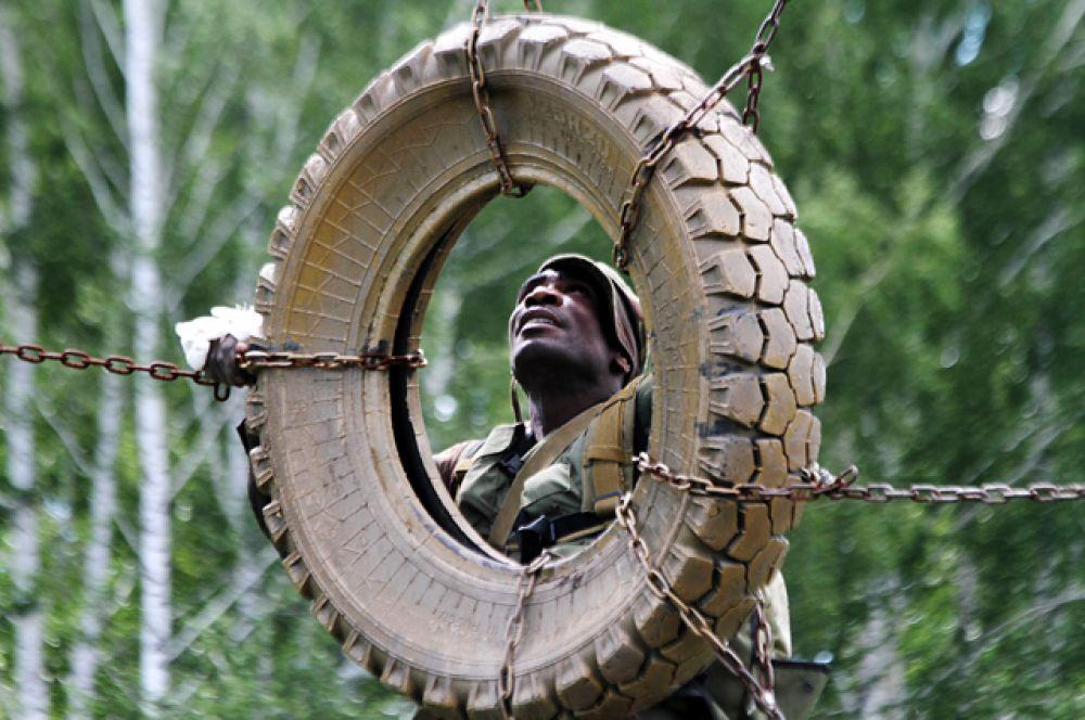 Первоначальные трудности зимбабвийские разведчики преодолели с известным африканским достоинством.