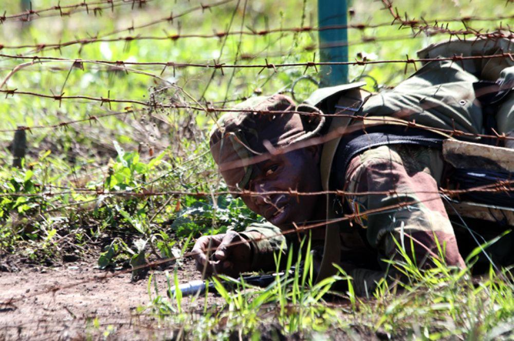 На первом этапе команда из Зимбабве надолго задержалась из-за того, что долго разбирались с местонахождением контрольных точек.