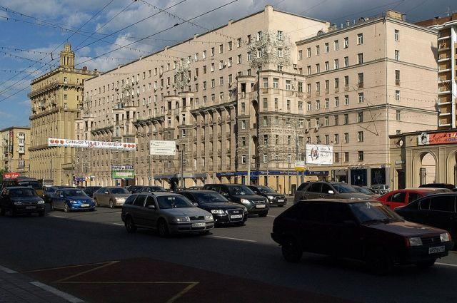 Полиция Москвы проверяет информацию о стрельбе на Кутузовском проспекте