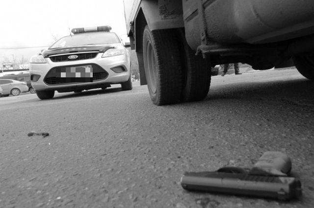 ВПетербурге шофёр БМВ выстрелил впешехода