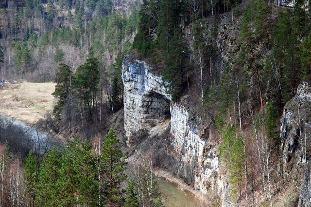 Десятилетний ребенок потерялся врайоне Игнатьевских пещер Челябинской области