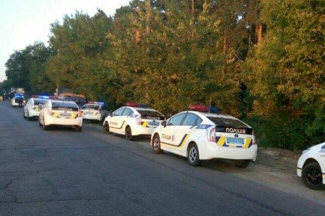 ВКиеве сразу восемь патрульных машин преследовали нарушителя ПДД на Ауди A6