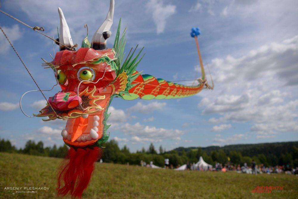 Также на площадке музея проходил фестиваль воздушных змеев.