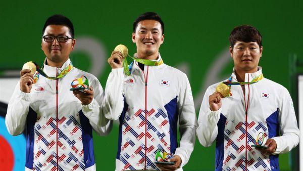 Свою главную награду также забрали лучники из Кореи: Woojin Kim, Bonchan Ku и Seungyun Lee