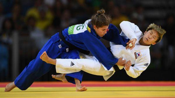 Также золото получила дзюдоистка из Аргентины - Paula Pareto