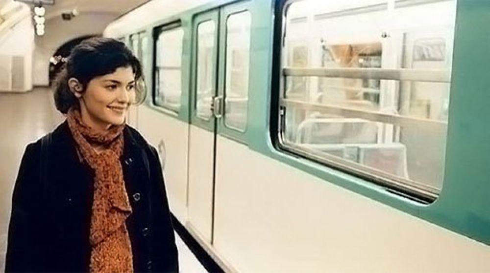 Даже лента «Взмах крыльев мотылька» (2000), где Тоту снялась за год до «Амели», была воспринята публикой и рекламировалась прокатчиками как «Амели-2».