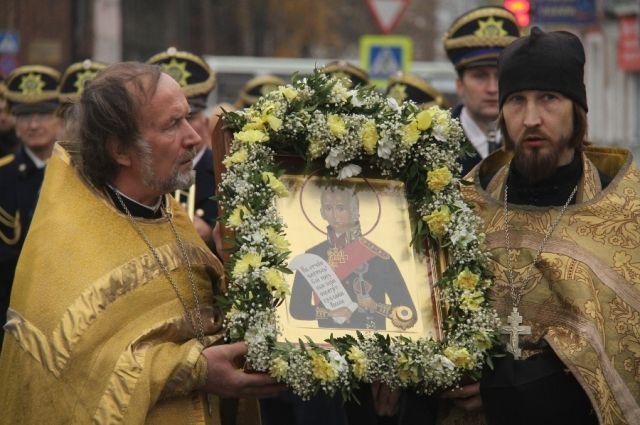 Рака смощами праведного воина адмирала Феодора Ушакова посетила Тверь