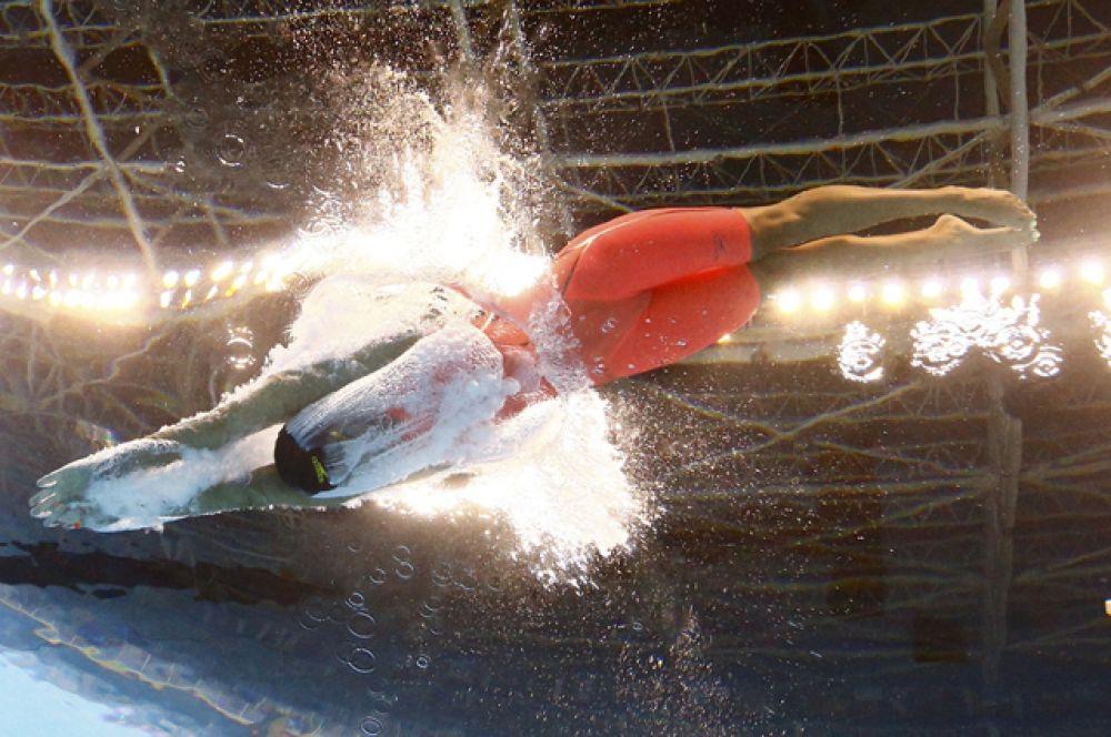 Российская пловчиха Юлия Ефимова вышла в финал соревнований по плаванию на 100 метров брассом.