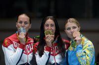Призеры индивидуального первенства по фехтованию на саблях среди женщин на ОИ-2016 (слева направо): Софья Великая, Яна Егорян, Ольга Харлан.
